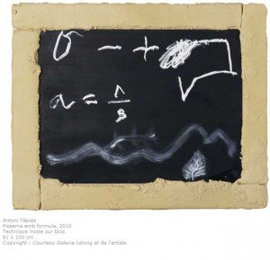 tapies-pissara-amb-formula-300x289