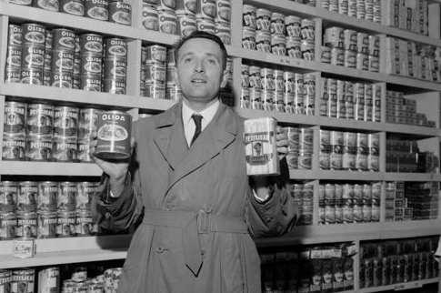C'est le quatre cent trente troisième fafiot! dans déconno-news Edouard-leclerc-1949
