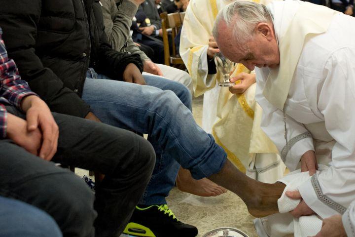 En attendant le quatre cent cinquante deuxième fafiot! dans l'athée au logis pape-francois